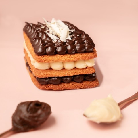 Mini Bolo Duo de Cookies - Sem Açúcar Refinado Sem Lactose (sem Lácteos) Sem Glúte Low Carb A Dora Adora - Aproximadante 170 Gramas