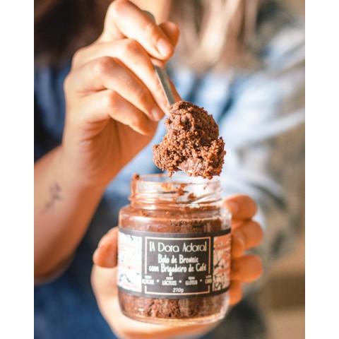 Bolo No Pote De Brownie Com Brigadeiro De Café - Sem Açúcar