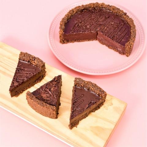 Torta de Brigadeiro Trufado - Aproximadamente 1kg e 280g A Dora Adora