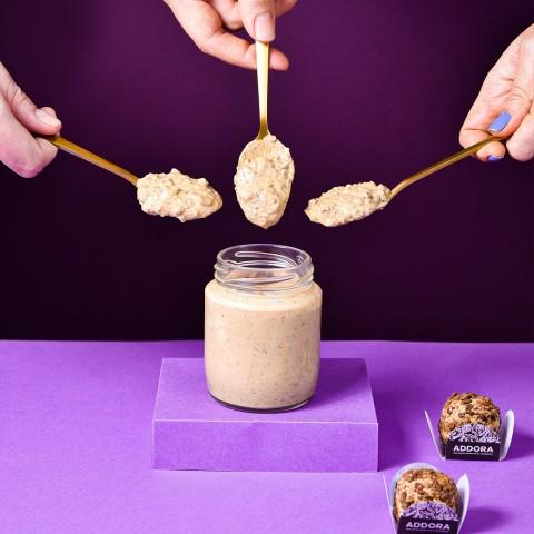 Doce de Pote de Brigadeiros de Cookies & Cream - Sem Açúcar Sem Lactose Sem Lácteos Sem Glúten Low Carb A Dora Adora - 210 Gramas